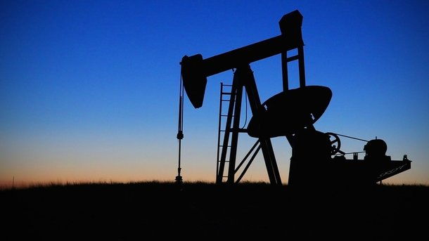 Цены нанефть стабильны: трейдеры заняли выжидательную позицию после заявления США