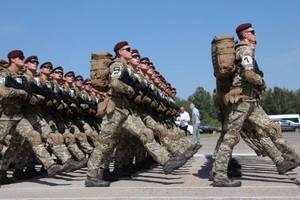 Украинская армия способна остановить Россию – Порошенко
