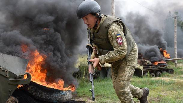 Confrontation in the Donbass. Photo: facebook.com/theministryofdefence.ua