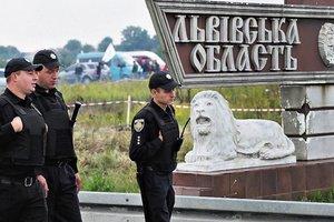 Луценко объяснил, почему полиция на таможне бесполезна