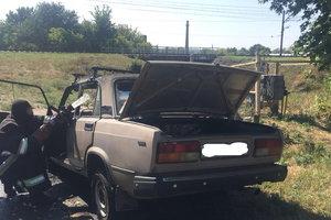В Харьковской области во время движения загорелся автомобиль