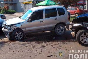 В тройном ДТП в Черновцах пострадали дети