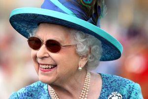 Королева Елизавета II, император Японии и король Марокко поздравили Украину с Днем Независимости