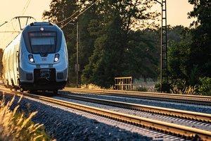 Во Франции сошел с рельсов скоростной поезд Париж - Марсель