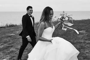 Джон Ньюмен женился: потрясающе трогательные свадебные фото