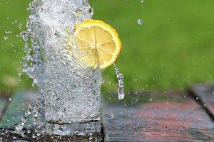 Супрун развенчала миф о восьми стаканах воды в день