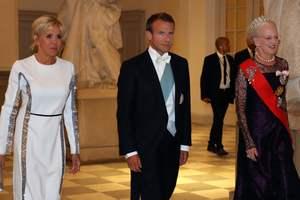 Битва вечерних платьев: королева Маргрете II и Брижит Макрон