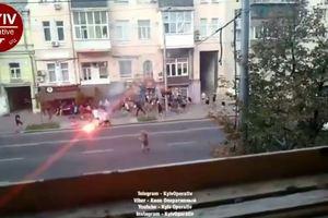 В Киеве футбольные фанаты устроили массовую драку