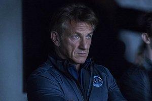 """Первые люди на Марсе: появился яркий трейлер нового сериала от Hulu """"Первые"""""""
