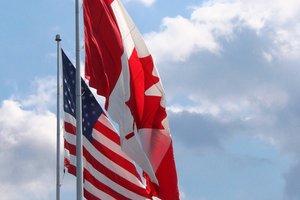 """Дипломат рассказал, чем """"аукнется"""" Украине конфликт США и Канады"""