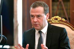 """Невзоров снова троллит Медведева и """"Единую Россию"""": Кокса нет, но вы держитесь"""