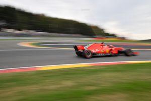 Четырехкратный чемпион Формулы-1 разбил машину