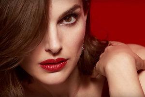 Натали Портман соблазняет в новой рекламе помады Dior