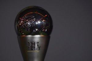 ФИФА определила тройку финалистов на звание лучшего тренера года