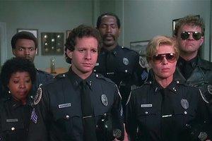 """""""На подходе"""": Стив Гуттенберг сообщил о """"Полицейской академии 8"""""""