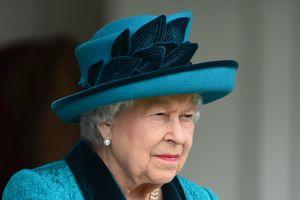 50 оттенков голубого: Елизавета II посетила народные игры в Шотландии