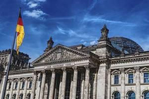 Трамп заставил Германию изменить позицию по НАТО - дипломат