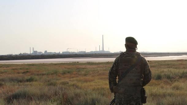 Выбросы вКрыму: 40 таможенников жалуются наухудшение здоровья