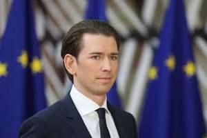Курц после переговоров с Порошенко обратился к России по Донбассу