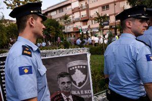 Перестрелка в здании разведки Косово: убит человек