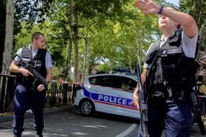 Налетчики ограбили троих богатых россиян под Парижем