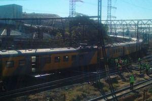 Столкновение поездов в Южной Африке: 100 пострадавших