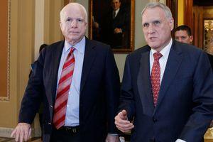 Губернатор Аризоны назвал имя преемника Маккейна в Сенате