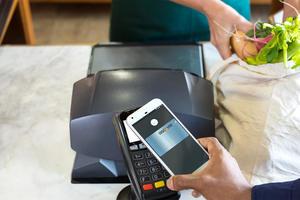 В Украине расширился список банков с Google Pay