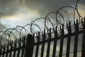 Насиловал сыновей: в Житомирской области суд вынес приговор отцу-педофилу