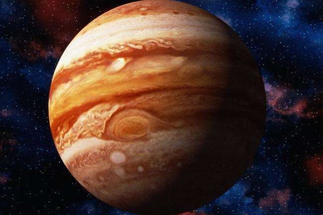 Ученые отыскали деформации вмагнитном поле Юпитера