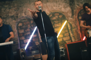 """""""Ось тобі моя рука"""" - новая песня в поддержку сборной Украины"""