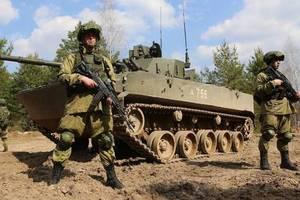 """Боевики готовятся к """"большой войне"""" и приведены в боеготовность: разведка сообщила, что происходит в """"Л/ДНР"""""""
