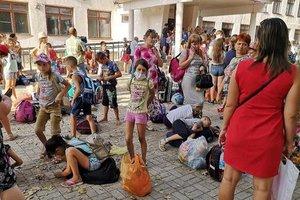 Из Херсонской области в Скадовск отправят 2 тысячи человек в целях профилактики