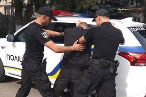 Избивали и грабили пенсионеров: в Черниговской области задержали банду серийных разбойников