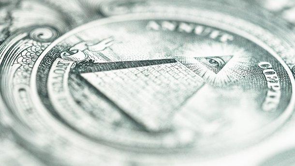 Доллар и евро подешевели в курсах Нацбанка на среду. Инфографика