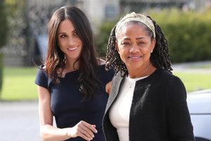 Мать Меган Маркл подогрела слухи о беременности дочери
