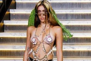 Дочь Мадонны дебютировала на подиуме: это было странно