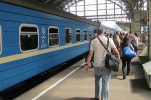Как украинцам поможет отмена поездов в Россию: Омелян озвучил важный момент