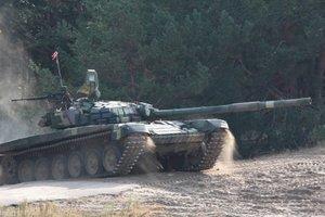 Резервисты ВСУ устроили стрельбы из танков: опубликованы яркие кадры