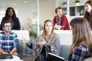 Офисный этикет: 10 полезных советов сотрудникам