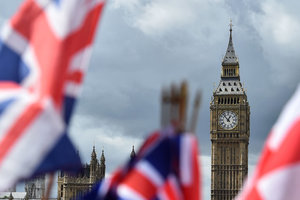 """Лондон не намерен вводить санкции против РФ по """"делу Скрипалей"""" до окончания Brexit"""