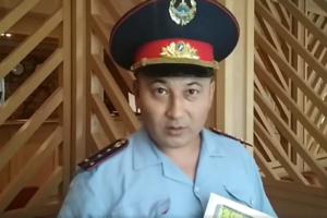 Українець в Казахстані вчив журналістів виявляти брехню і був затриманий поліцією