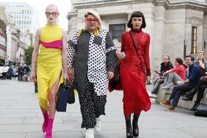 Streetstyle: самые невероятные образы Недели моды в Лондоне