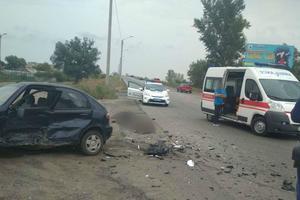 В Харькове столкнулись две легковушки: погибли два человека