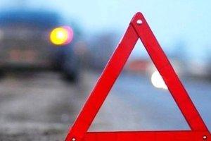 В Луганской области столкнулись микроавтобус и кроссовер: четверо человек пострадали