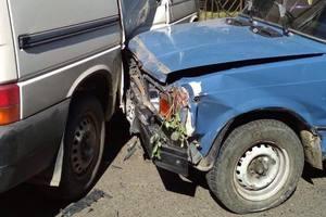 Массовое ДТП в Черновцах: пьяный водитель разбил девять автомобилей