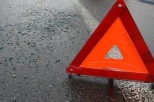 В Винницкой области грузовик слетел в кювет и перевернулся: погибла женщина