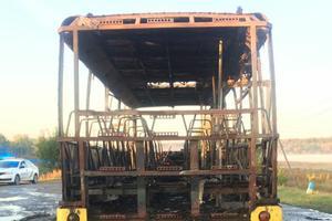В Харьковской области на ходу загорелся пассажирский автобус