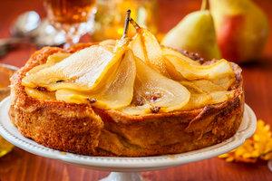 Рецепт дня: грушевый пирог с корицей и рикоттой