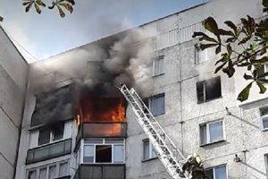 В Ужгороде горела многоэтажка: спасатели нашли тело женщины